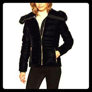 Elie Tahari navy Blakely down velvet jacket size m